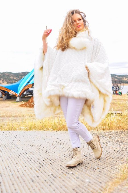 Union Android Jones Poncho | Boho Coats