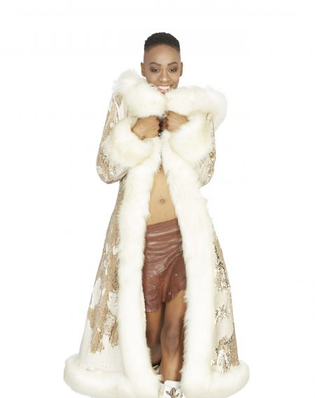 Cleopatra golden fur coat