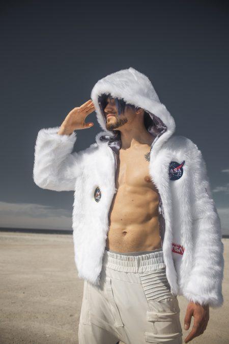 ASTRONAUTA Fur Onesie